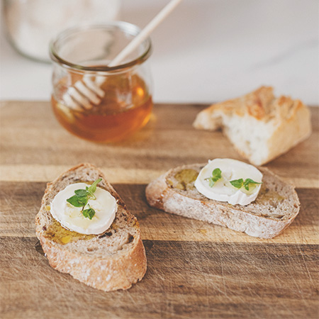 Brot mit Honig